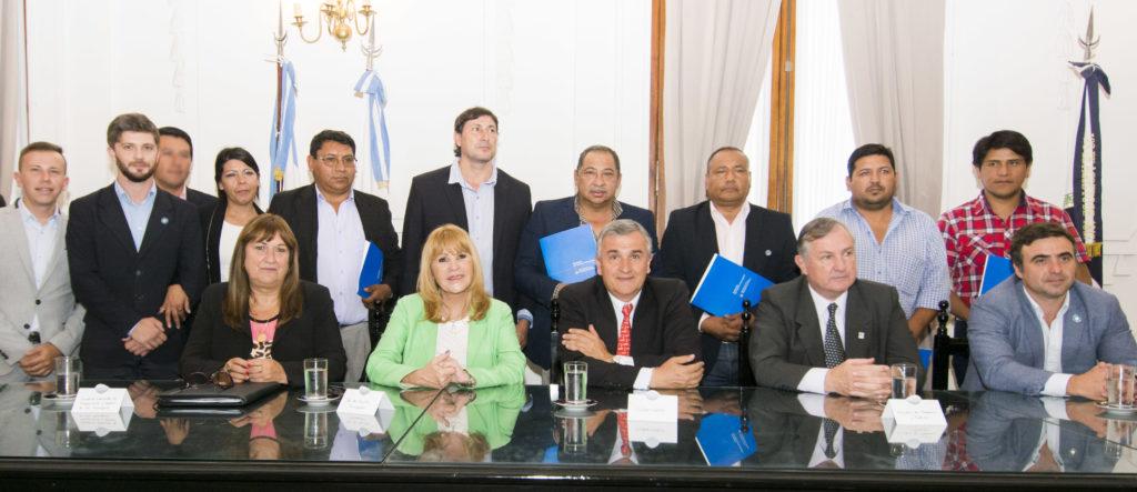 Municipios y Comisiones Municipales recibieron beneficios
